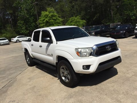 Pre-Owned 2013 Toyota Tacoma PreRunner